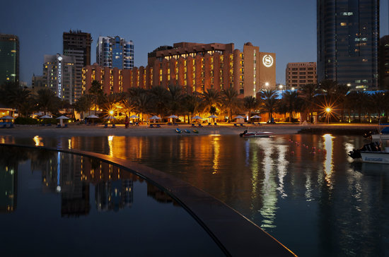 Sheraton Abu Dhabi Hotel & Resort