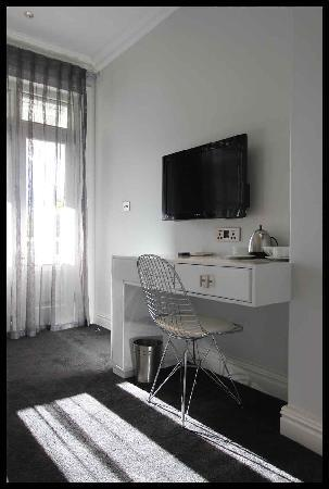 The Three Boutique Hotel: Modern rooms