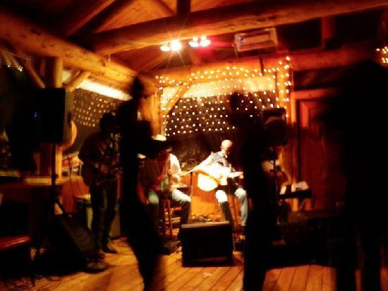 Trail Lake Lodge: Music In The Pavilion