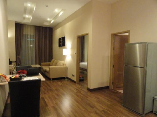 V Residence Hotel and Serviced Apartment: apartment