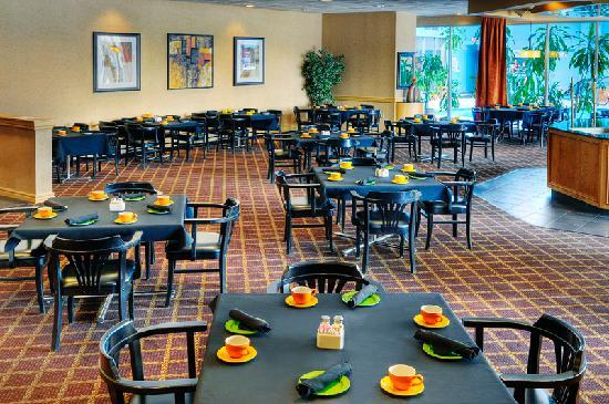 Quality Hotel &amp; Conference Centre: Bloor Street Restaurant