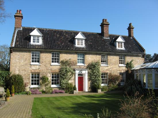 Incleborough House Luxury Self Catering: From the outside
