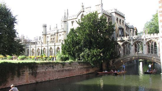 Cambridge, UK : bridge of sigh