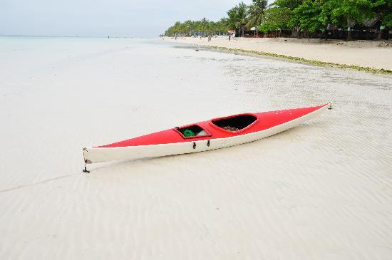 Eskaya Beach Resort & Spa: little red boat