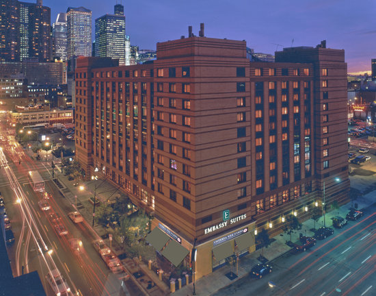 Embassy suites chicago downtown chicago hotel reviews for Best hotels in downtown chicago