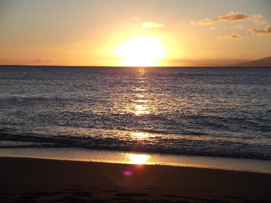 Sands of Kahana: SOK beach sunset