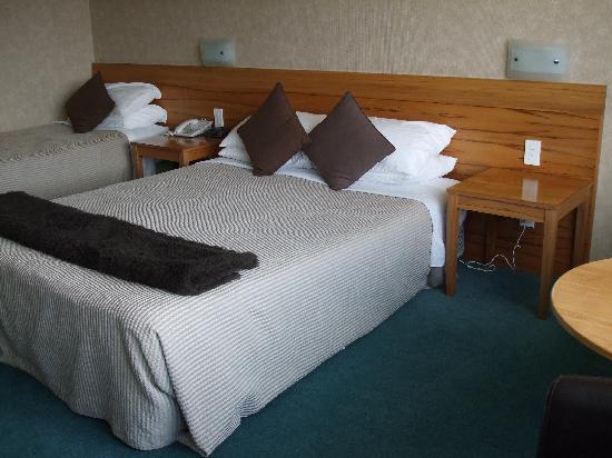 Quality Hotel Plymouth International: The Bedroom