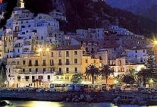 Holidays Baia D'Amalfi