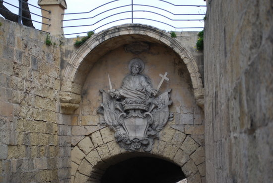 Sliema, Malta: Gate into Mdina