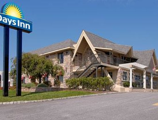 Photo of Days Inn Springfield Springfield - Delaware County