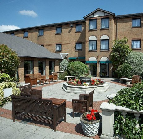 Photo of Bridgewood Manor - QHotels Chatham