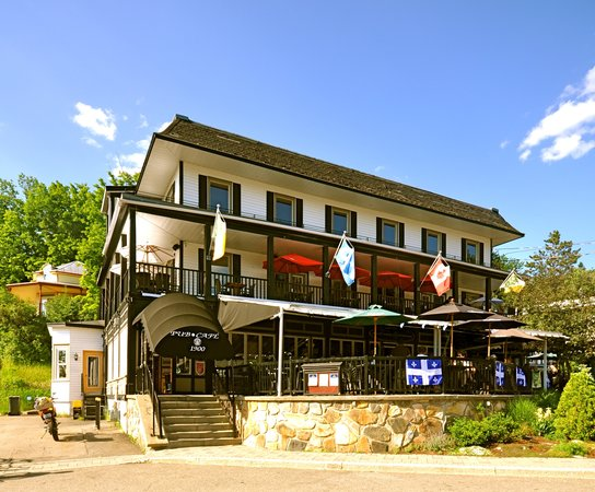 Photo of Hotel Mont-Tremblant Mont Tremblant
