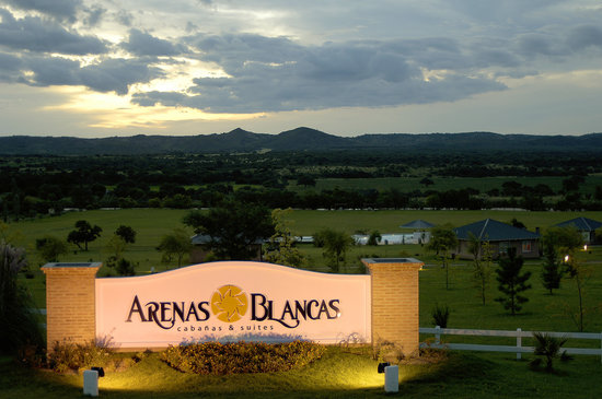 Arenas Blancas Cabanas & Suites