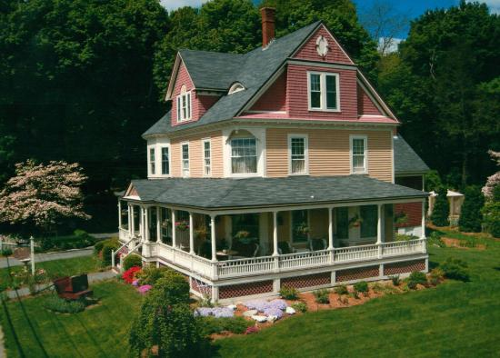 Photo of Sleigh Maker Inn Bed & Breakfast Westborough