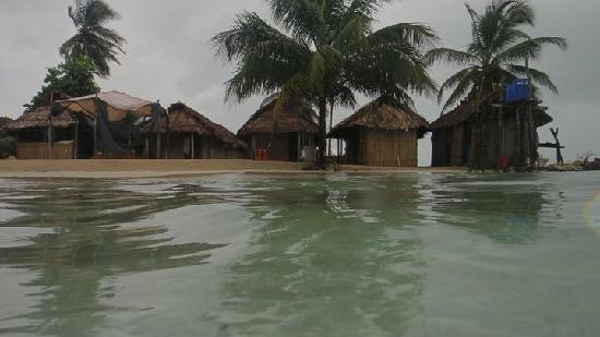 San Blas Islands, Panama: cabañas