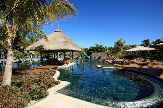 LUX Le Morne: Pool