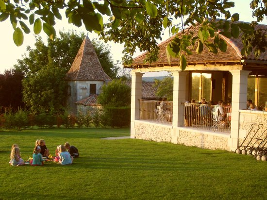 Manoir de Longeveau: A summer's evening at Longeveau..