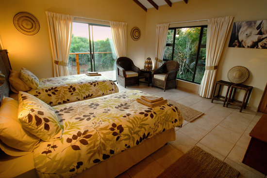 Umkhumbi Lodge: Twin room