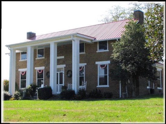 Photo of The Old Dr Cox Farm Bed & Breakfast Fayetteville