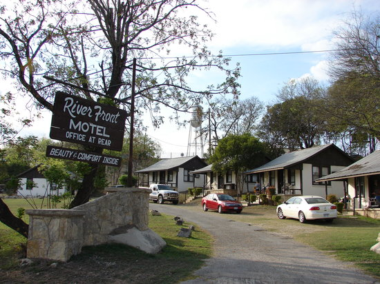 Photo of River Front Motel Bandera