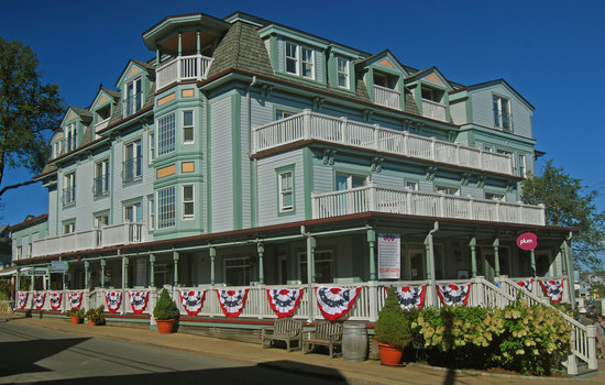 Dog Friendly Hotels Martha S Vineyard