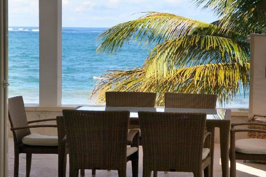Beach Palace Cabarete: Beachfront Patio Luxury Condo no 118