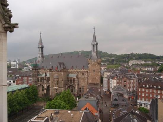 Overall view of Aachen