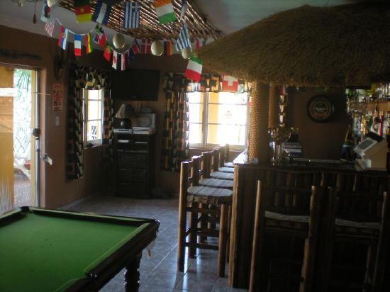 Africa Regent Guest House: Little bar just outside of my room, empty