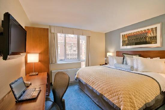 Doubletree By Hilton - Times Square South: Hotel Guest Room, King