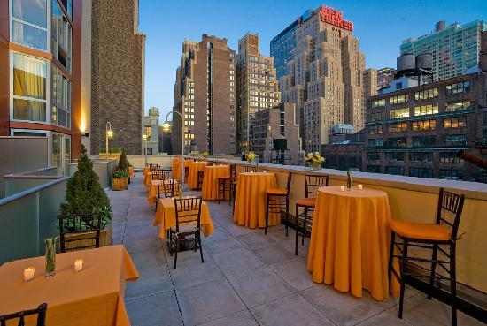 Doubletree By Hilton - Times Square South: Sky Lounge