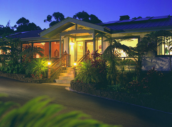 Waianuhea Bed & Breakfast: An Inn of Luxury, A House of Aloha