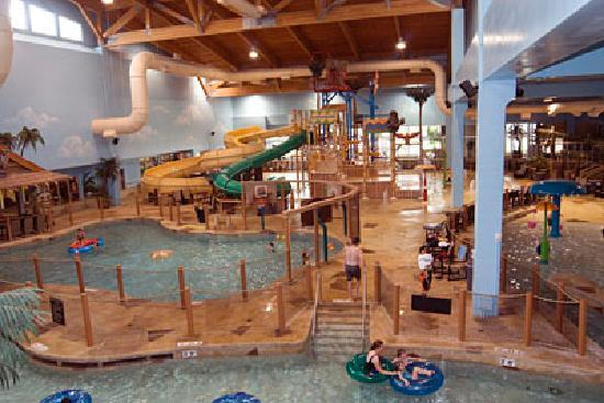 Grand Forks, ND: Splasher&#39;s of the South Seas Waterpark