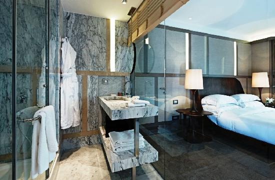 bathroom the house hotel nisantasi picture of the house hotel nisantasi istanbul tripadvisor. Black Bedroom Furniture Sets. Home Design Ideas