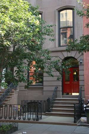A Garden In Chelsea : Historic Chelsea Brownstone
