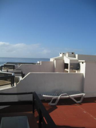 Golden Beach Resort and Spa: View from 4th floor rooftop deck