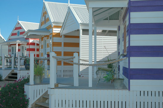 ‪Beach Huts Middleton‬