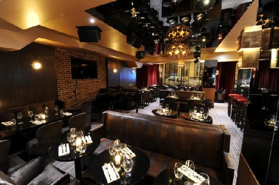 Fumoir Picture Of Le Speakeasy Restaurant Piano Bar Paris Tripadvisor