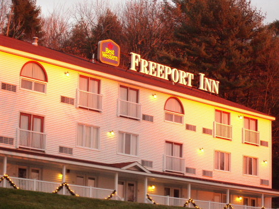 BEST WESTERN PLUS Freeport Inn: Hillside Building