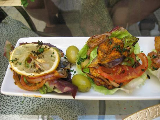 House of Fusion Marrakech: Sardine and Aubergine dishes