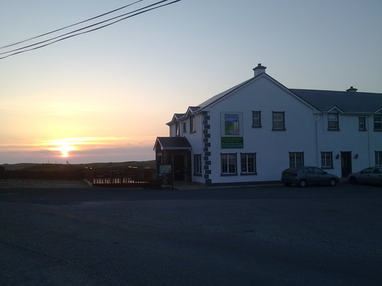 Photo of Ionad Siuil Luxury Accommodation Glencolmcille