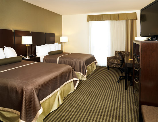 BEST WESTERN PLUS The Inn at King of Prussia: Executive 2 Queen Bed Room