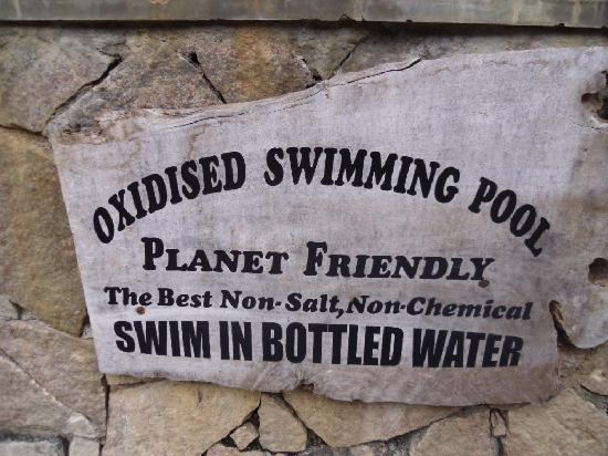 Spice Village: Pool sign