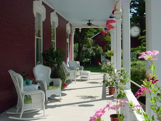 Lovelace Manor Bed and Breakfast : Lovelace Manor