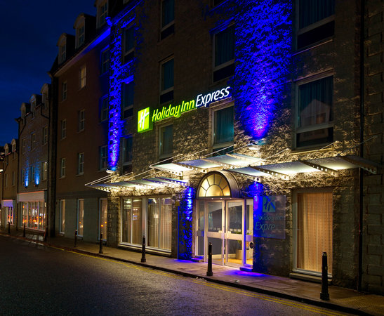Holiday Inn Express Aberdeen City Centre: External
