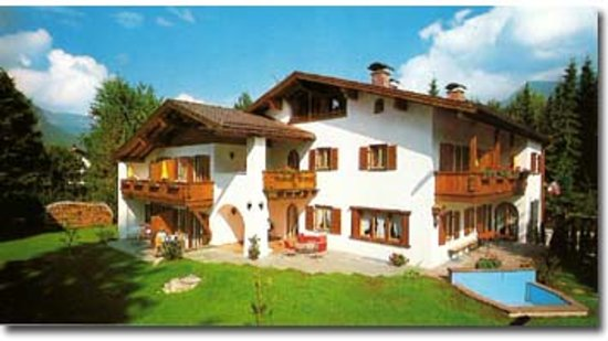 Photo of Hotel Brigitte Garmisch-Partenkirchen