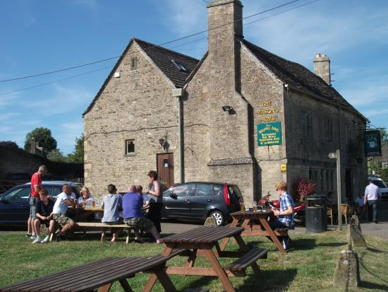 Photo of The Masons Arms Meysey Hampton