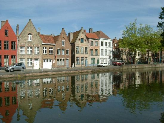 Hotel Prinsenhof Bruges: Reflections