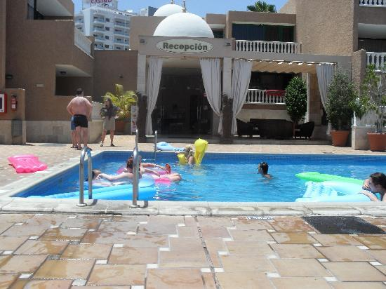 Parque de las Americas: the pool
