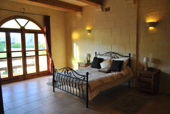 Lellux Bed And Breakfast Gozo