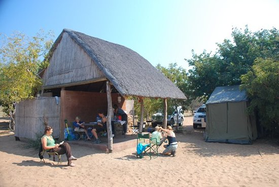 Senyati Safari Camp